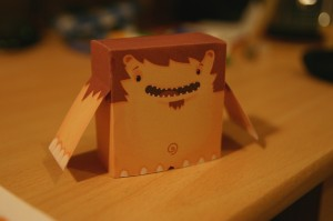 Petit monstre de papier